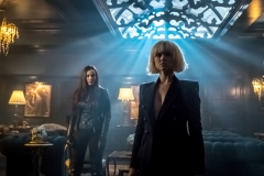"GOTHAM: L-R: Jessica Lucas and Erin Richards in ""The Fear Reaper"" episode of GOTHAM airing Thursday, Sept. 28 (8:00-9:01 PM ET/PT) on FOX. ©2017 Fox Broadcasting Co. Cr: Jeff Neumann/FOX."