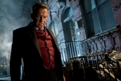 "GOTHAM: Sean Pertwee in ""The Fear Reaper"" episode of GOTHAM airing Thursday, Sept. 28 (8:00-9:01 PM ET/PT) on FOX. ©2017 Fox Broadcasting Co. Cr: Jeff Neumann/FOX."