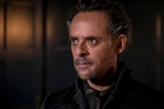 "GOTHAM: Alexander Siddig in ""A Dark Knight: They Who Hide Behind Masks"" episode of GOTHAM airing Thursday, Oct. 5 (8:00-9:01 PM ET/PT) on FOX. ©2017 Fox Broadcasting Co. Cr: Jeff Neumann/FOX."
