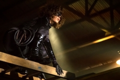 "GOTHAM: Camren Bicondova in the ""A Dark Knight: A Day in the Narrows"" episode of GOTHAM airing Thursday, Nov. 2 (8:00-9:01 PM ET/PT) on FOX. ©2017 Fox Broadcasting Co. Cr: Jeff Neumann/FOX"