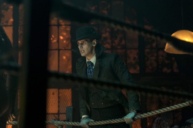 "GOTHAM: Cory Michael Smith in the ""XXX"" episode of GOTHAM airing Thursday, Nov. 9 (8:00-9:01 PM ET/PT) on FOX. ©2017 Fox Broadcasting Co. Cr: David Giesbrecht/FOX"