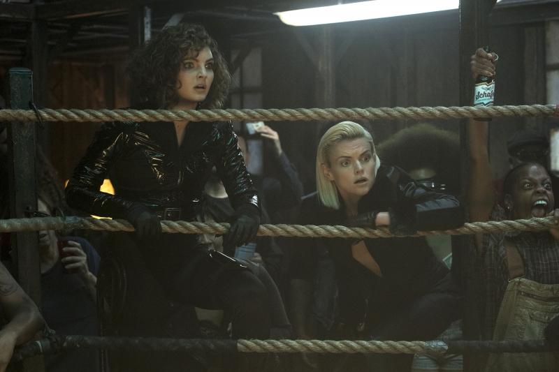 "GOTHAM: L-R: Camren Bicondova and Erin Richards in the ""XXX"" episode of GOTHAM airing Thursday, Nov. 9 (8:00-9:01 PM ET/PT) on FOX. ©2017 Fox Broadcasting Co. Cr: David Giesbrecht/FOX"
