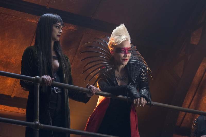 "GOTHAM: L-R: Morena Baccarin and guest star Marina Benedict in the ""XXX"" episode of GOTHAM airing Thursday, Nov. 9 (8:00-9:01 PM ET/PT) on FOX. ©2017 Fox Broadcasting Co. Cr: David Giesbrecht/FOX"